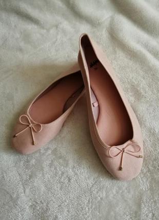 Пудровые, персиковые балетки