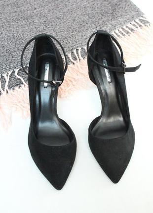 Новые туфли лодочки 35 размер черные туфли bershka
