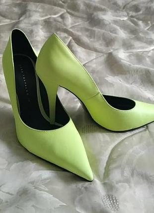 Zara trafaluc neon heels туфли на каблуке 39 p.