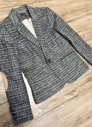 Невероятный шерстяной пиджак yessica