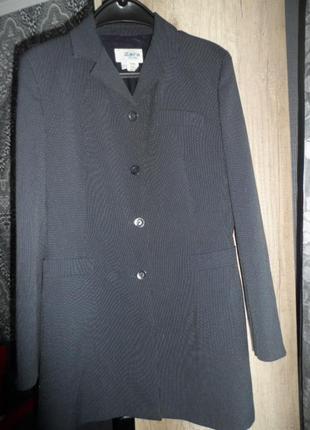 Zara ,удлиненый пиджак ,р.38