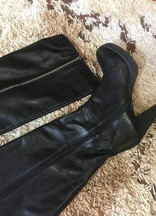 Красивые кожаные сапоги carlo pazolini