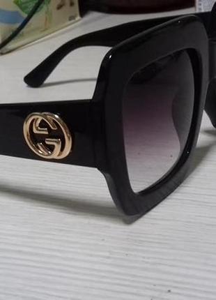 Солнцезащитные квадратные женские очки gucci черные