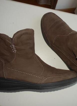 Зимние кожаные ботинки medicus 40р