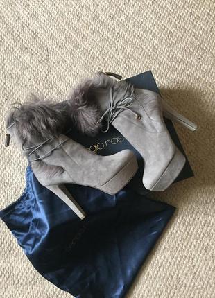 Модные ботинки,батильоны sergio rossi оригинал