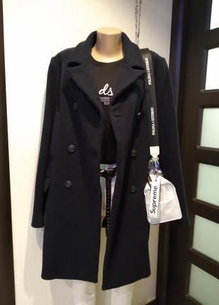 Шикарное стильное брендовое пальто тёмно-синее из натуральной шерсти