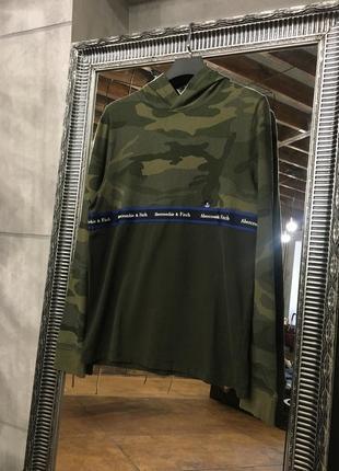 Хлопковая камуфляжная кофта с капюшоном abercrombie & fitch