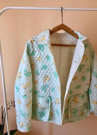 Двусторонняя куртка в цветочки