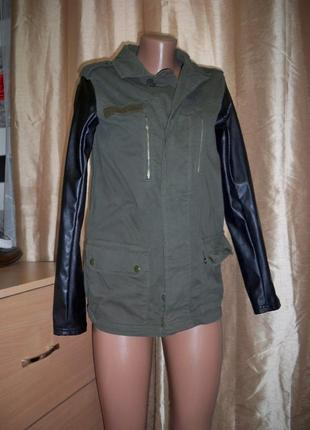 Фірмова куртка-вітровка topshop, 6, турція.