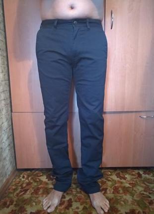 Крутые мужские брюки чинос пот-42 см