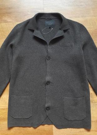 Пиджак из трикотажного полотна.размер 48-50