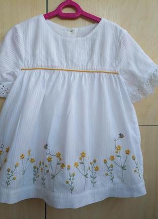 Блузка с вышивкой mothercare на 4-5 лет