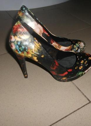 Шикарные туфли! единственные!