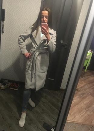 Пальто вишукане