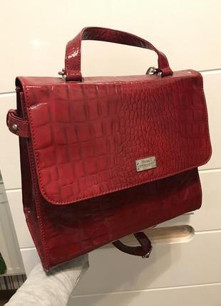 Красивая новая сумка mexx