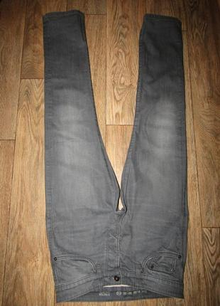 Мужские джинсы р-р м-32 бренд c&a