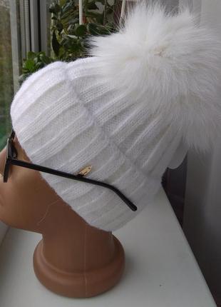 Новая крутая ангоровая шапка с натуральным широким помпоном (полный флис) белая