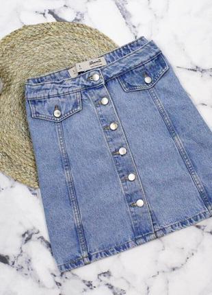 Джинсова юбка на ґудзики