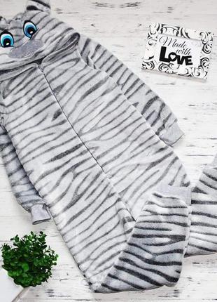 Кигуруми с вышивкой зебра