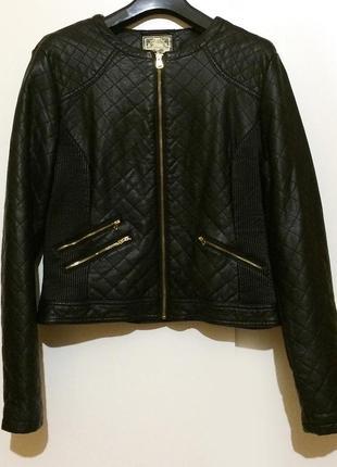 Женская короткая кожаная черная куртка курточка кожанка косуха