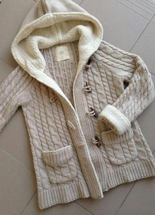 Кардиган zara с меховими вставками теплий вязаний свитер на пуговицах zara