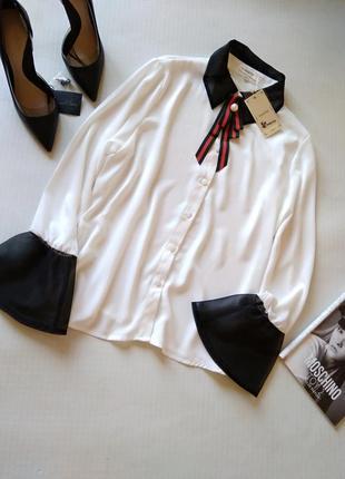 Стильная белая блуза с вставками органзы