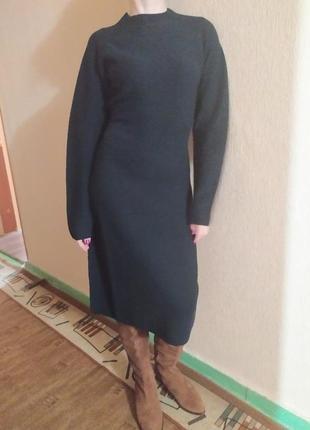 Платье uniqlo шерсть