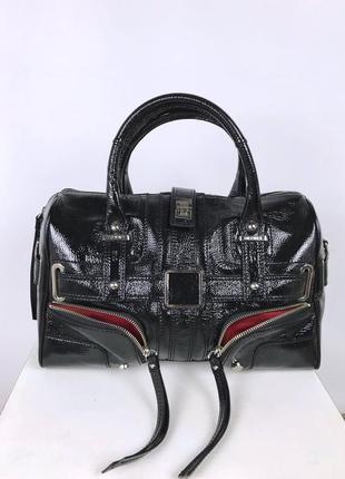 Харизматичная сумка tommy