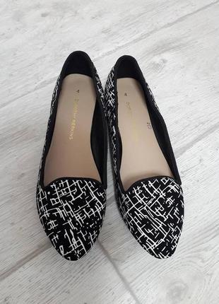 Стильные туфельки dorothy perkins р.36