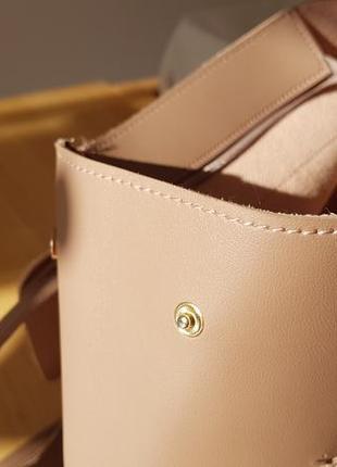 Модный кожаный рюкзак  zara