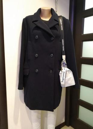 Шикарное стильное брендовое пальто из натуральной шерсти