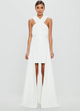 Эксклюзивное платье премиум коллекции с невероятным дизайном