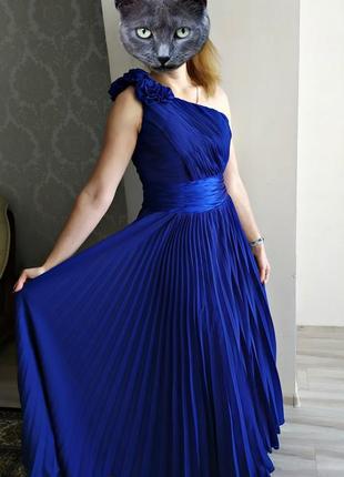 Плиссированное платье в пол на одно плечо м-.л