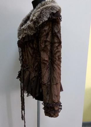 Темно коричневая курточка в романтическом стиле р 48