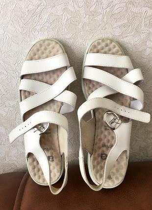 Кожаные босоножки/ сандалии/ натуральная кожа