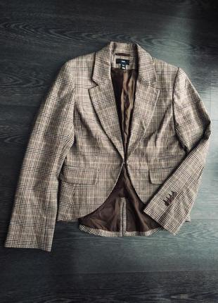 Шикарный пиджак в клетку 50 % шерсти h&m