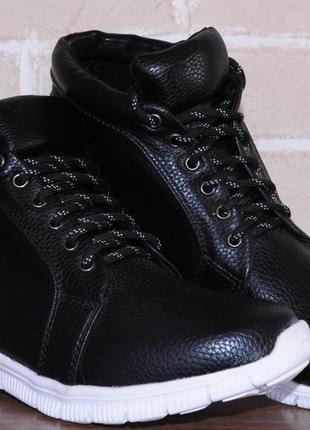 Женские ботинки, полусапожки, кроссовки, черные,  весна-осень, деми