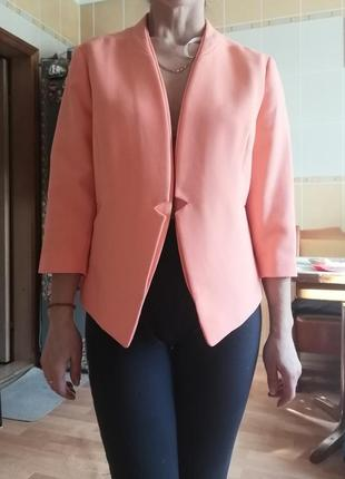Новый  пиджак, р 46