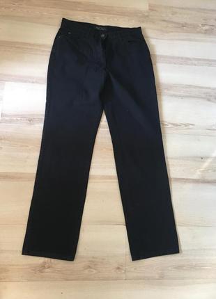 Чорні джинси brax