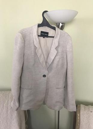 Принтовый пиджак отличного качества