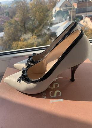Туфлі класичні італія