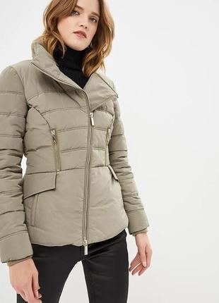 Теплая куртка guess