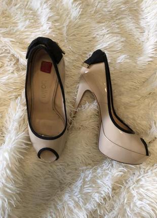 Итальянские туфли на высоком каблуке