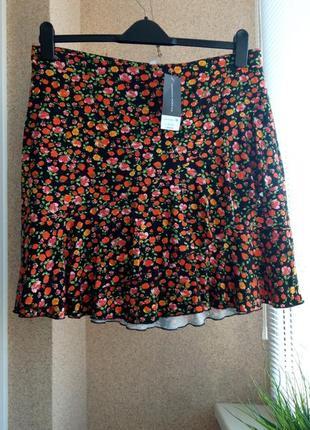 Красивая летняя трикотажная юбка из натуральной ткани в цветочный принт