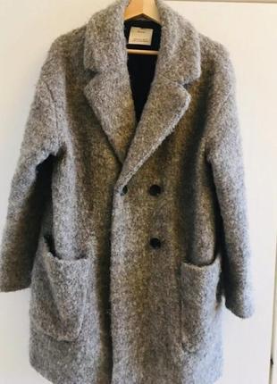 Пальто зимнее bershka