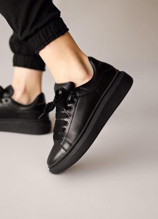 Стильные женские кроссовки mcqueen в черном цвете (весна-лето-осень)😍
