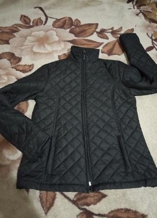 Куртка черная стеганая