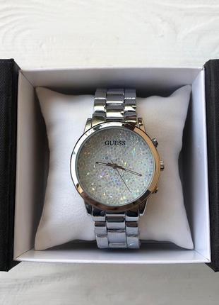 Потрясающе женские часы