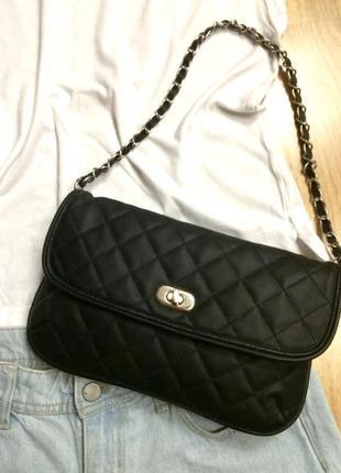 Фирменная черная сумка clockhouse,сумочка на цепочке,клатч
