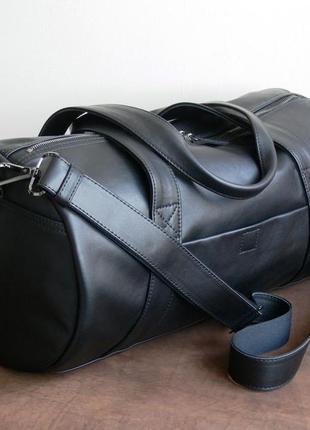 Спортивная или дорожная сумка,кожа